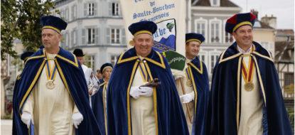 Prestation champagne par la Commanderie du Saulte Bouchon Champenois